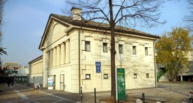 Auditorium Mauro Borghi alla Cascina Marchesa in corso Vercelli (750 metri)