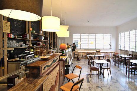 Bar Sociale al Centro d'incontro Via Baltea (50 metri)