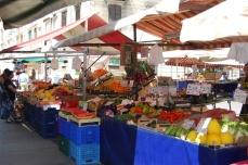 Mercato piazza Foroni (250 metri)